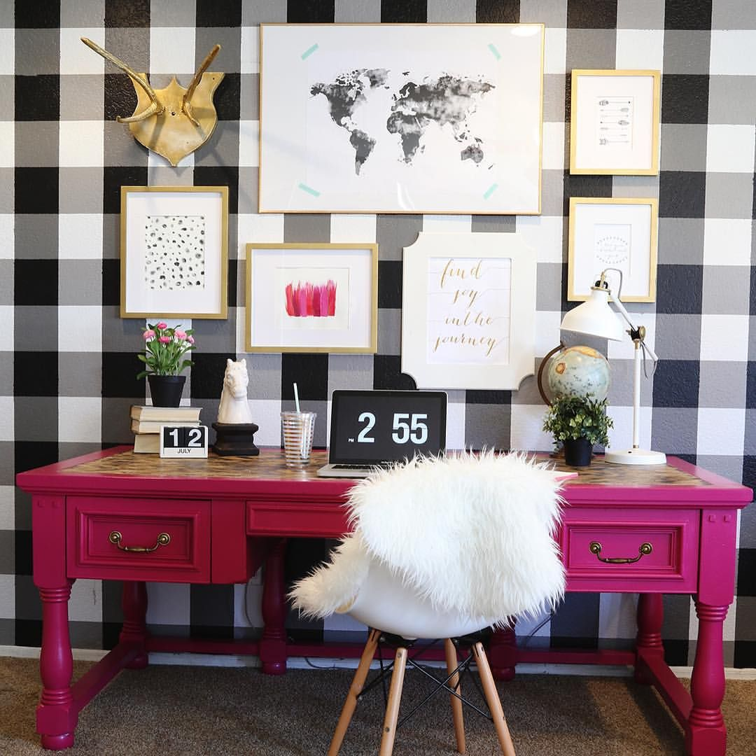 """Mallory & Savannah on Instagram: """"In case you missed it! Check out our video on how we made this DIY Buffalo Check Wall with @scotchblue painter's tape (2 posts back!) Also, this desk in hot pink has us all like ! #paintpreppull #sbpattern #ad"""""""