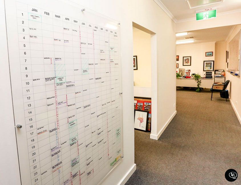 Office Calendar Ideas : Wall scrawl im dying our house needs this so much