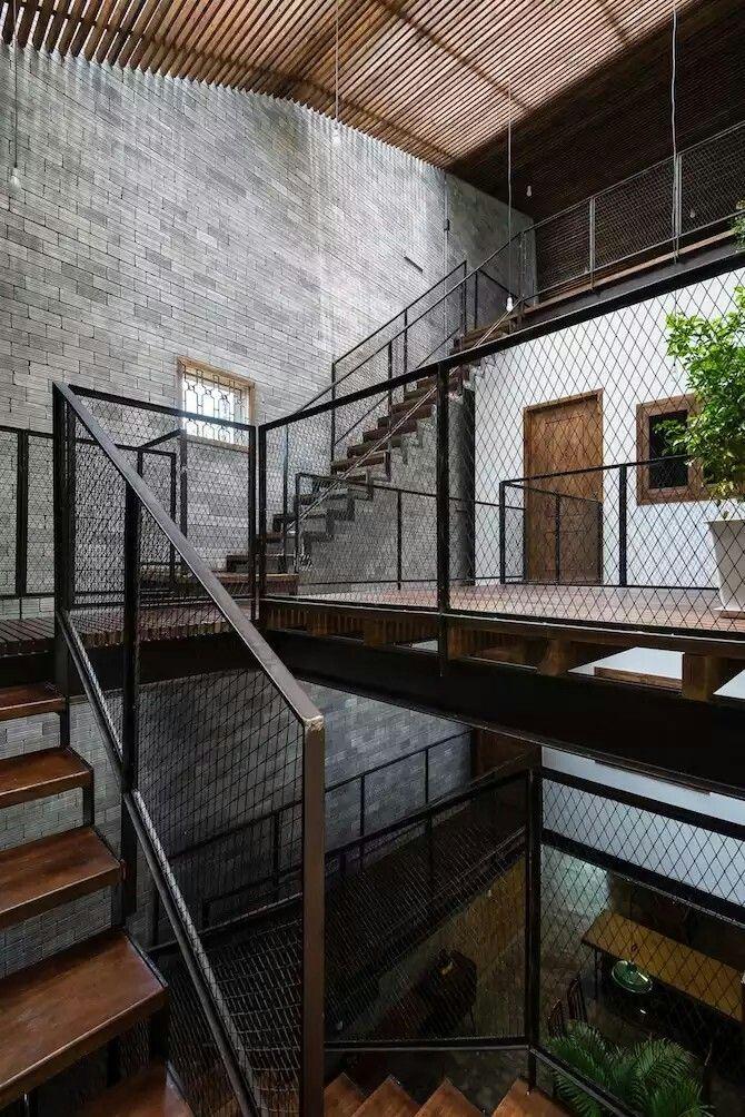 Best Railing Industrial Interior Design Interior Staircase 400 x 300