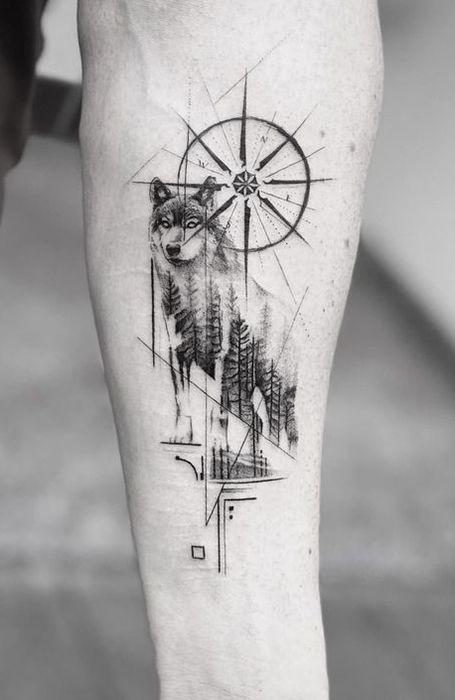 25 Wild Wolf Tattoos for Men