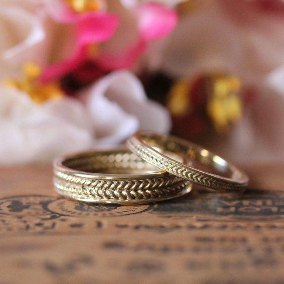 Eheringe aus Gold und Silber