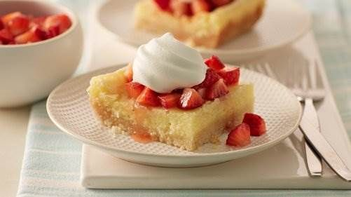 Gooey Sugar Cookie Bars. the best of the best...