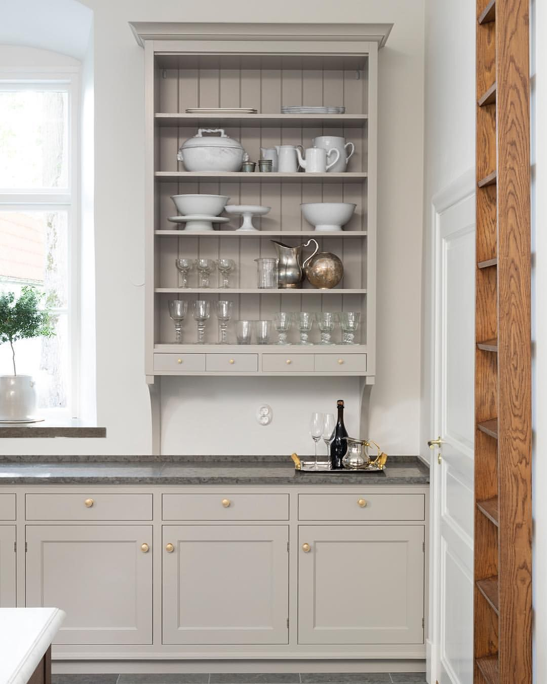 Kvanum Kok Ab Kvanumofficial On Instagram High Wall Mounted Cupboard For China And A Ladder In Antique Home Kitchens Kitchen Remodel Kitchen Inspirations