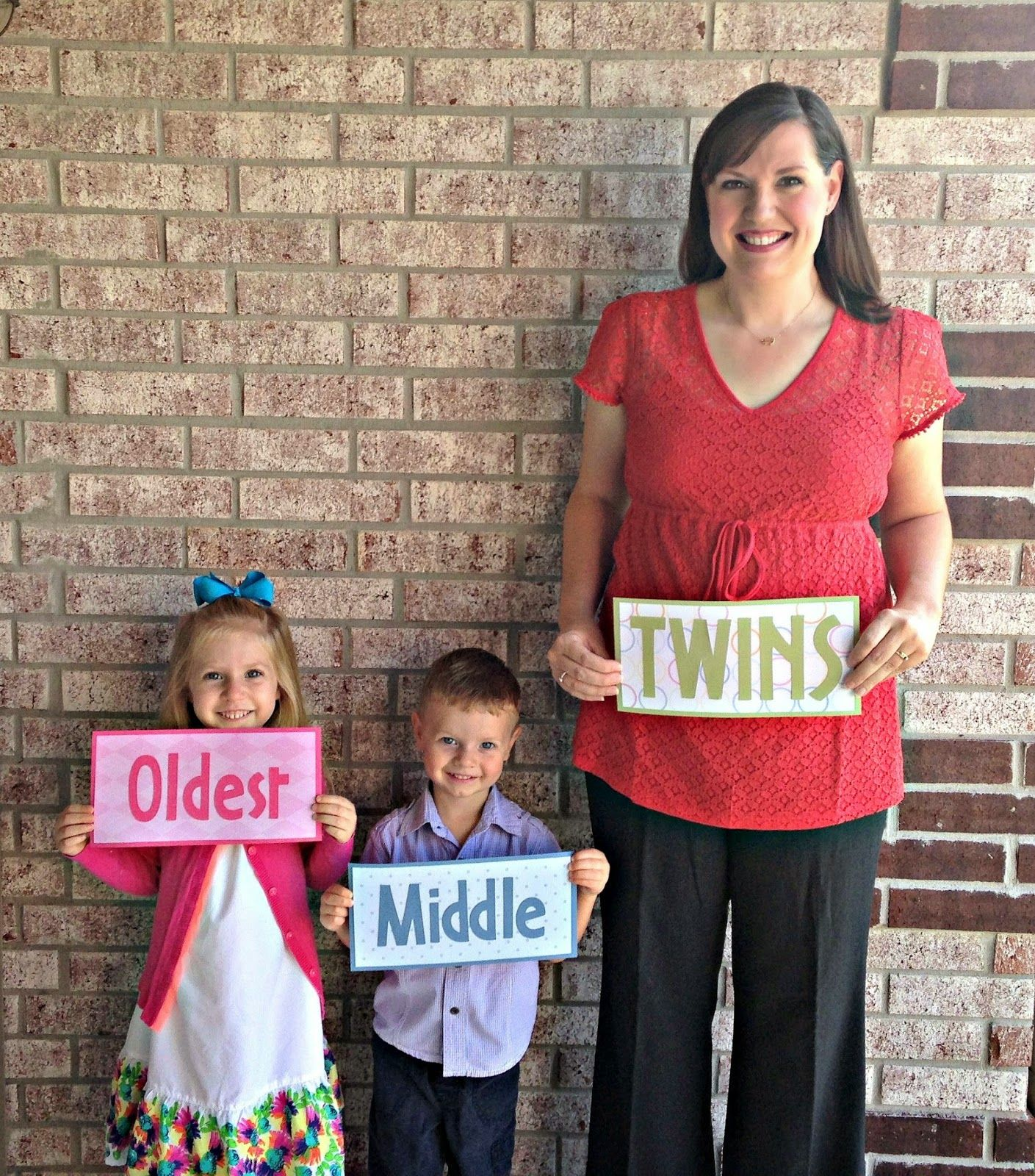 twin pregnancy announcement with