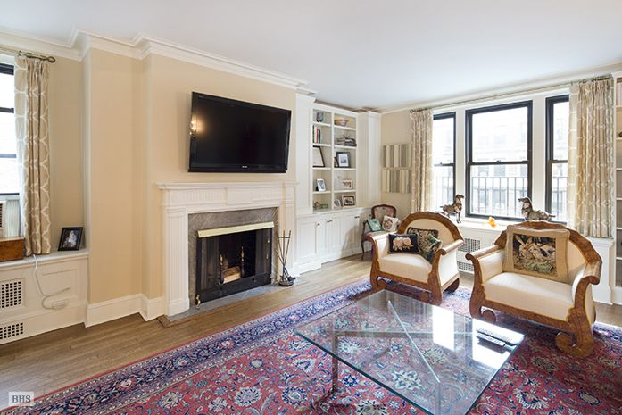 Elegant Home | East 86th Street | 6 rooms | ID: 9044920 | Cooperative #BrownHarrisStevens #luxury #fineproperty #Christies #Art #NYC #NewYorkCity Learn more at  http://www.bhsusa.com/manhattan/upper-east-side/108-east-86th-street/coop/9044920#