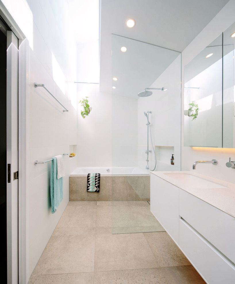 Wet area bathroom design - Wet Area Bathroom Design Contemporary Bathroom With White