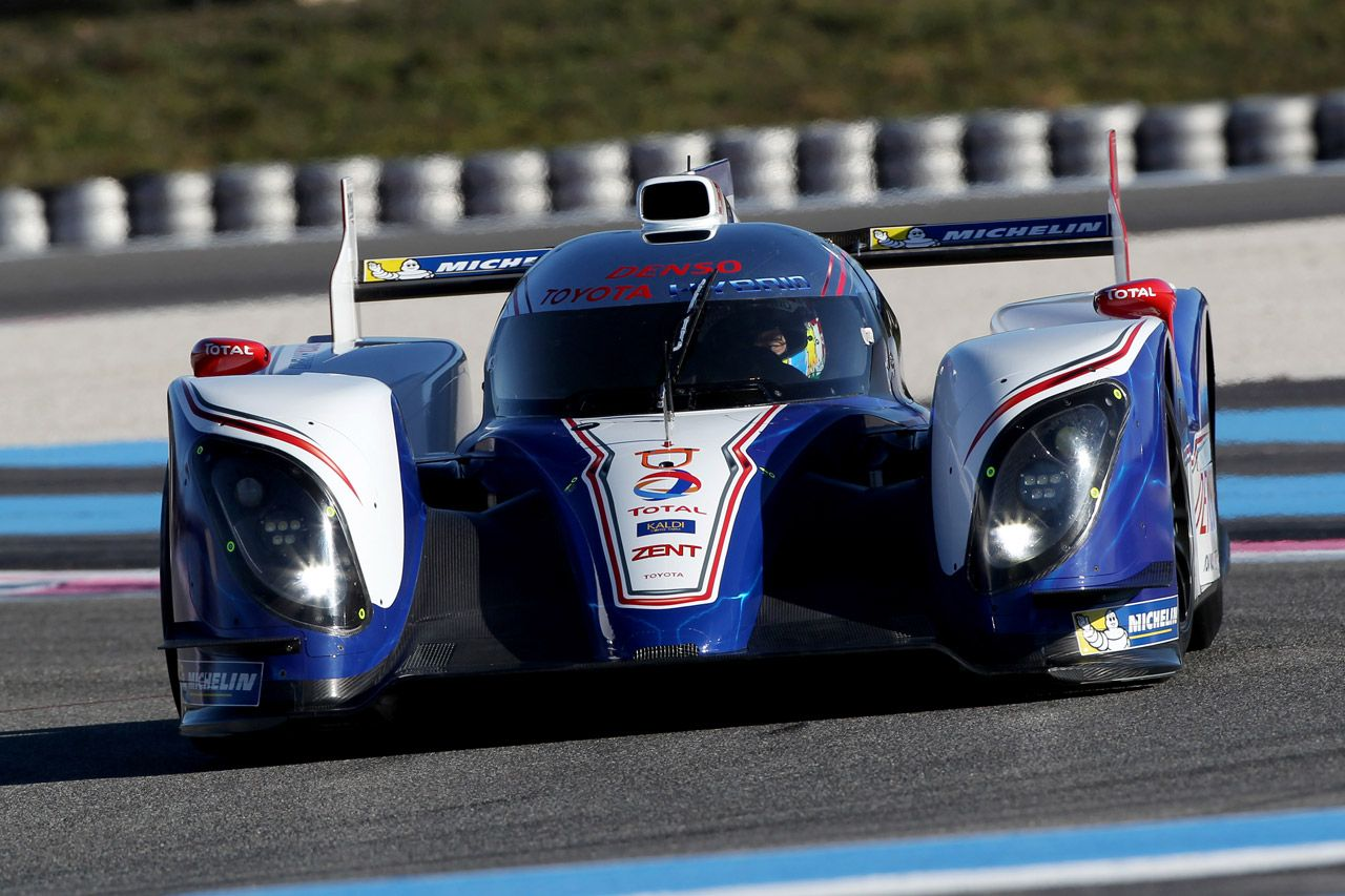 2013 toyota ts030 hybrid electric racecar http www digitaltrends com