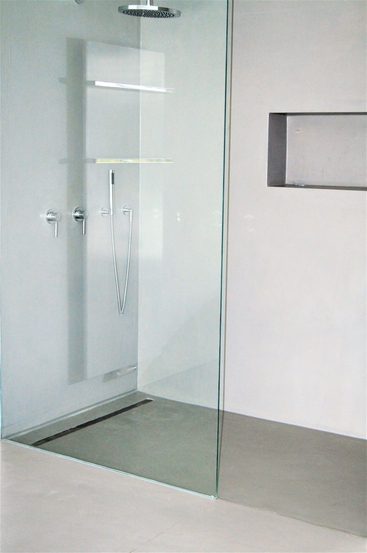 Bathroom Beton Cement Bad Ohne Fliesen Gespachtelt Fugenlos In Betonoptik By Fugenlos Modern De Beton Dusche Badezimmerideen Badezimmer
