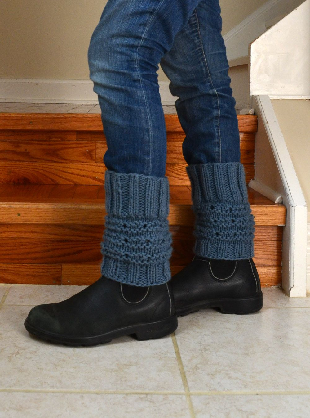 DIY: Knitted Boot Topper | Boot toppers, Chicken scratch and Yarns