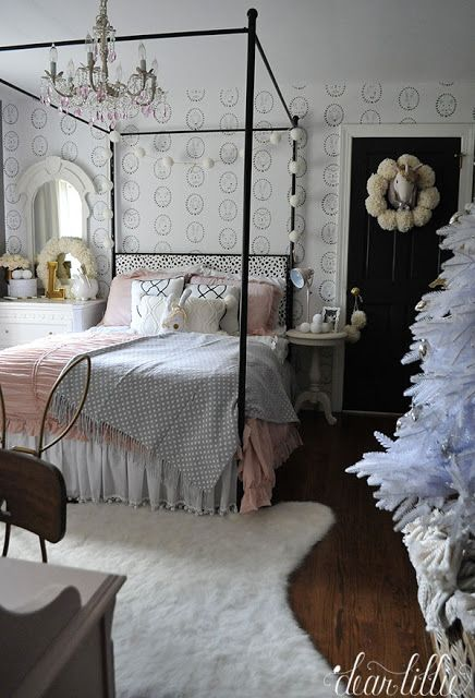 Lillie And Lola S Christmas Rooms Wohnidee By Woonio Girl Room Inspiration Dear Lillie Christmas Room Lillie and lola christmas rooms