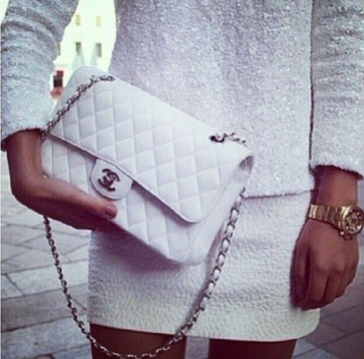 Adoro look total white