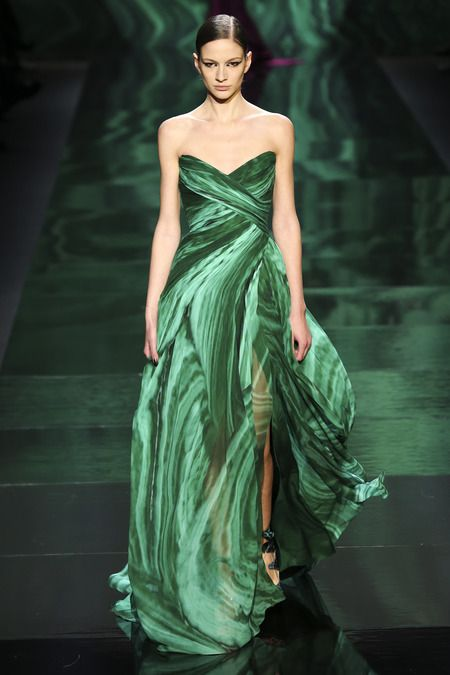 Monique Lhuillier http://www.fashion2dream.com/#!fashion-video/c1zvd  #Latest #Designer #week #show    #Fashion Winter 2013/14 #fashion2dream #video