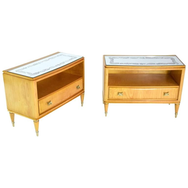 Pair Of Italian Midcentury Maple Wood Nightstands 1940s