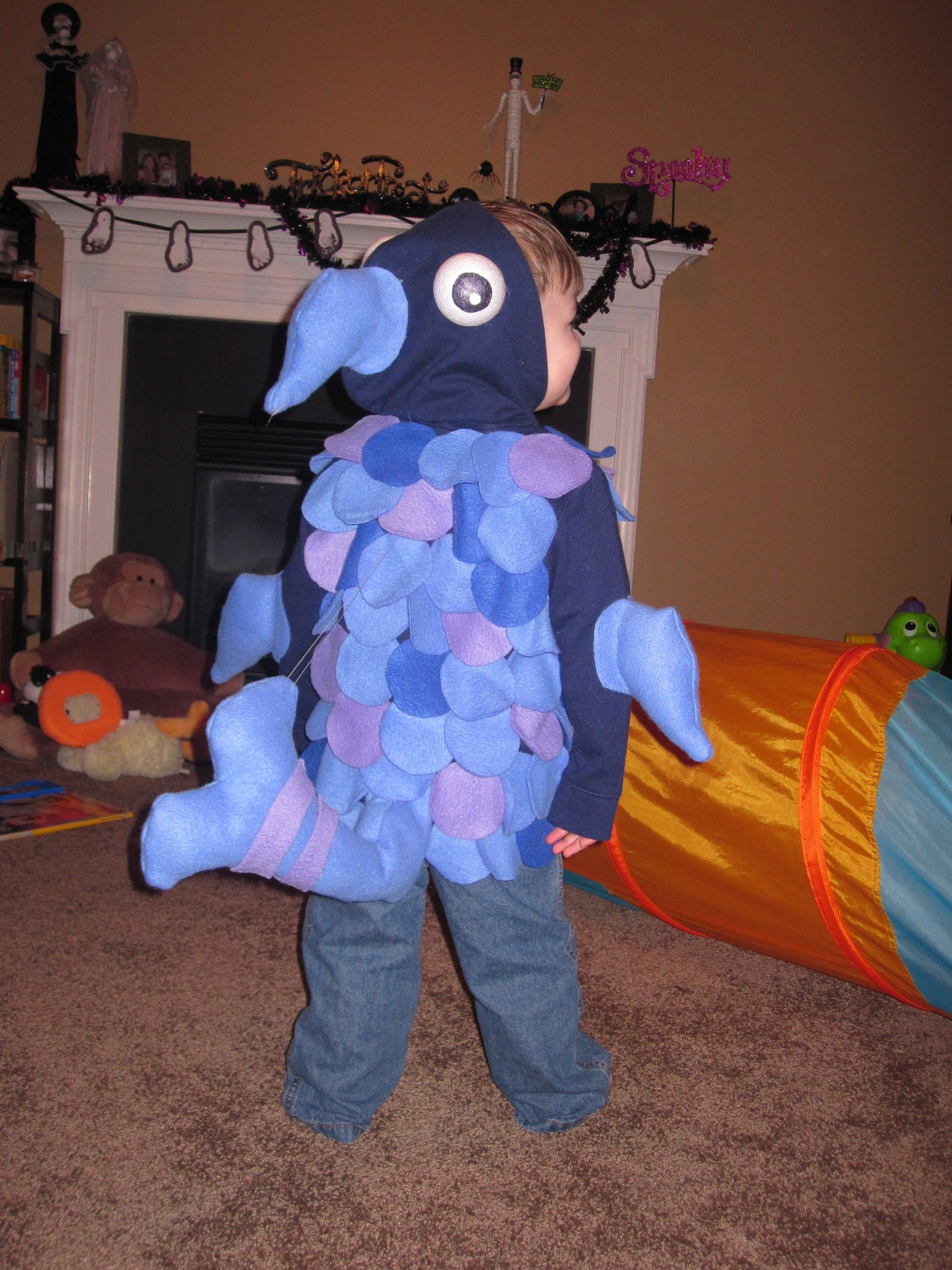 Pout Pout Fish costume. Very easy to make! & Pout Pout Fish costume. Very easy to make! | Holiday Fun | Pinterest ...