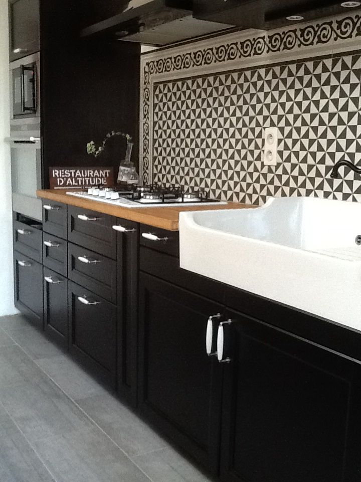 If My Kitchen Is Light Enough Black Lower Cabinets Look So Classy