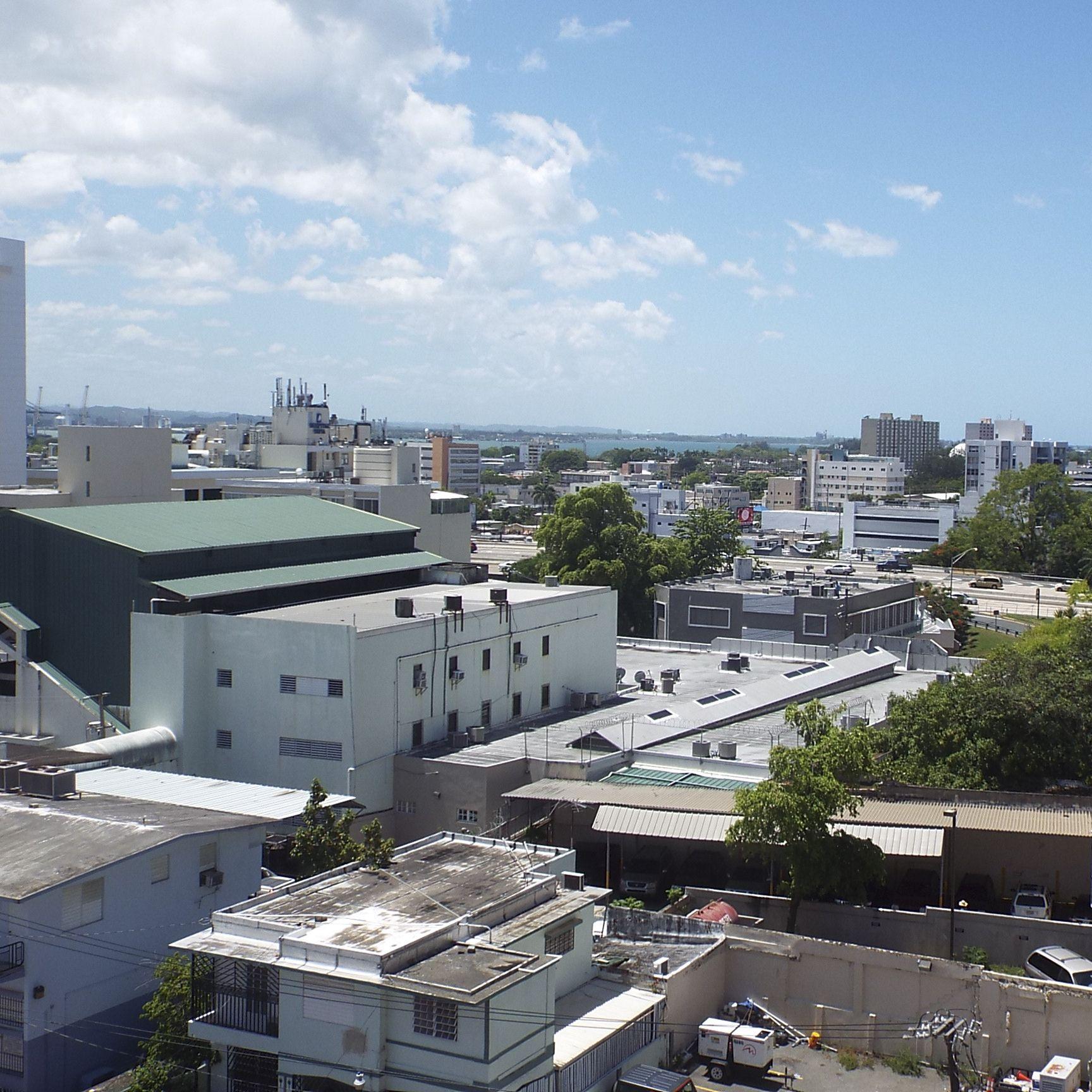 A spectacular view of the beautiful city of Santurce from my Hotel.  #santurceesley #santurce  #puertorico  #turismo  #descubre #whateverpr  #whateverpuertorico