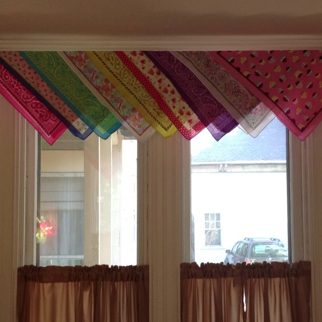 Curtain Valances Made From Bandanas Kitchen Curtains Diy