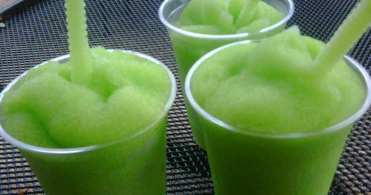 succo di cetriolo al limone e menta per dimagrire