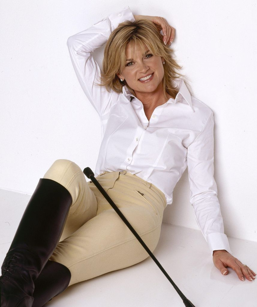 Anthea Turner Style For Women Over 40 Pinterest Sexy
