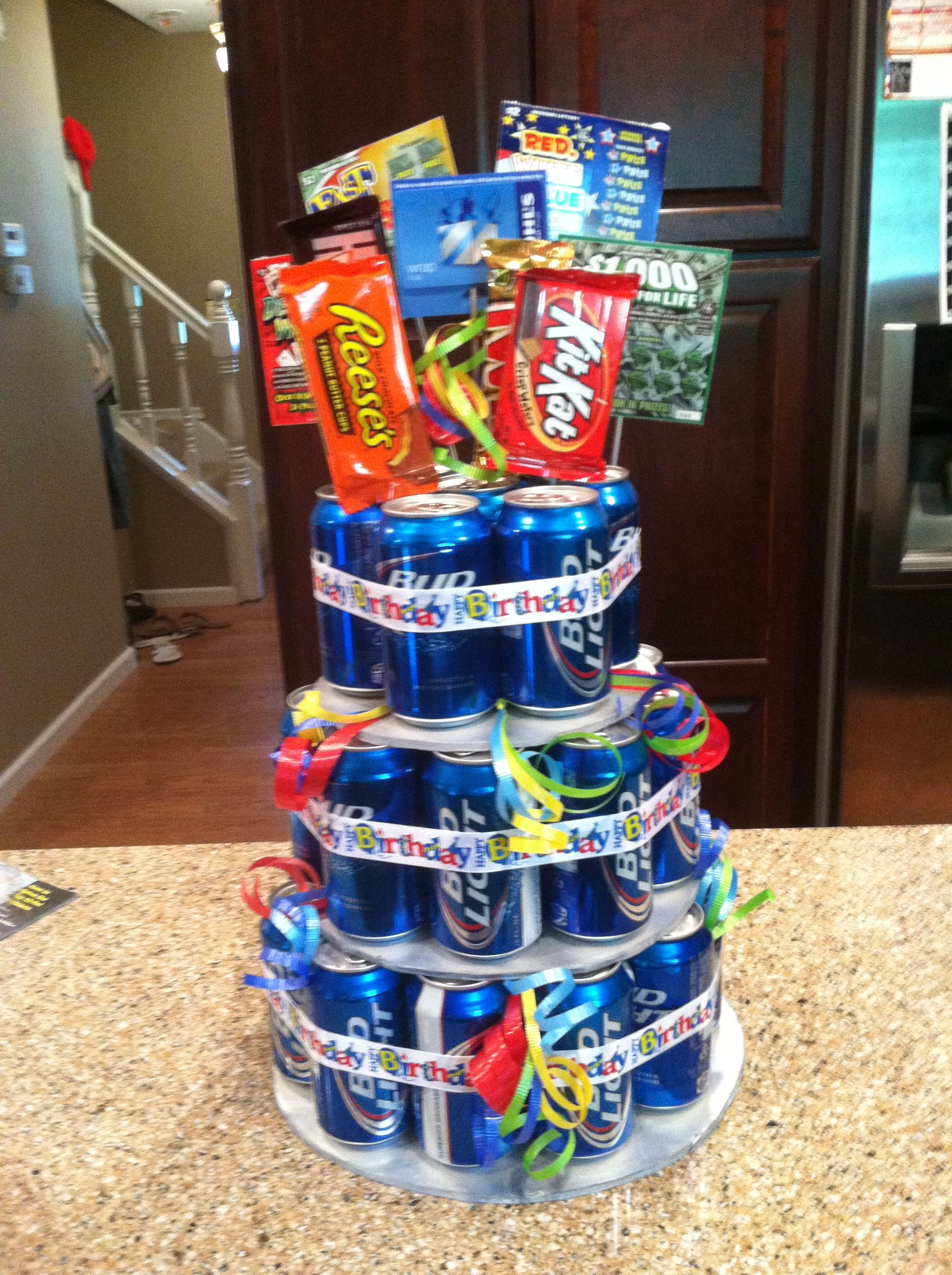 Dad beer birthday cake! Easy 40 gift for that special guy