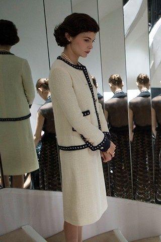 12a80abd3c124 Audrey Tautou in a classic Chanel suit -  Coco Avant Chanel