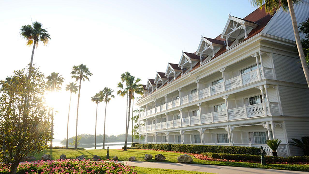 Best Place Stay Disney World Honeymoon