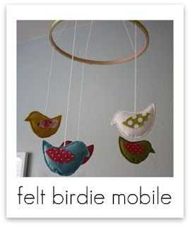 Felt Bird Mobile- could make felt owls or anything this way.
