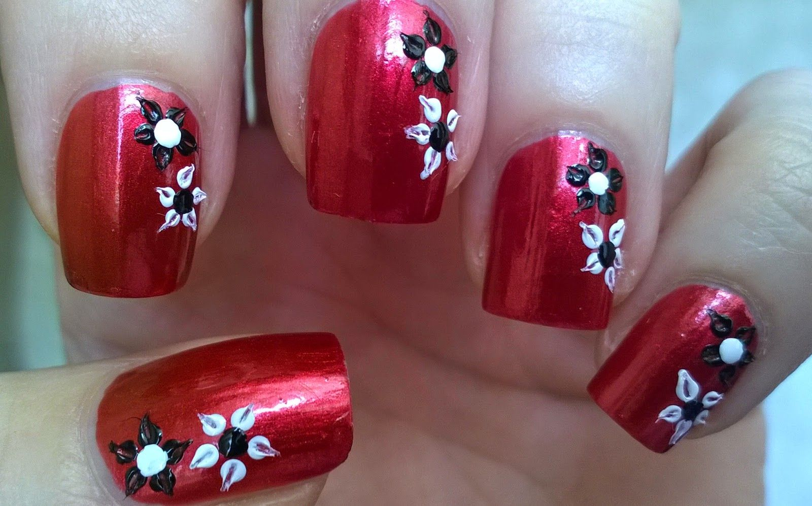 Life World Women: Dark Red Floral Nail Art By Using Toothpick & Dott ...