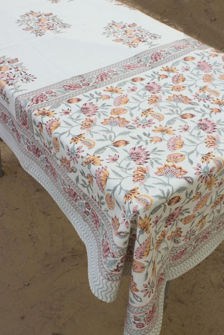 Decorative Floral Tablecloth Hand Block Printed Indian Cotton Table Linen Camric Table Cloth 6 Seater And 8 Seater In 2020 Table Cloth Floral Tablecloth Table Linens