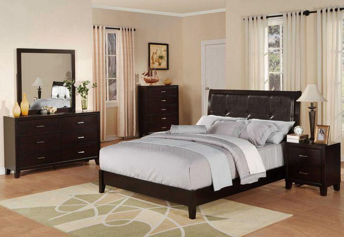 ON SALE!! LOUISVILLE OVERSTOCK! Queen Bed, Dresser, Mirror ...