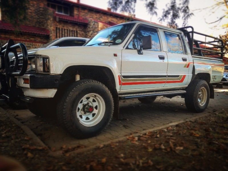 1989 Toyota Hilux Double Cab Sfa Vanderbijlpark Gumtree Classifieds South Africa 211212700 Toyota Hilux Toyota Cars For Sale