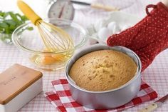 Todos los secretos para hacer un bizcochuelo casero perfecto | Recetas de Cocina faciles.