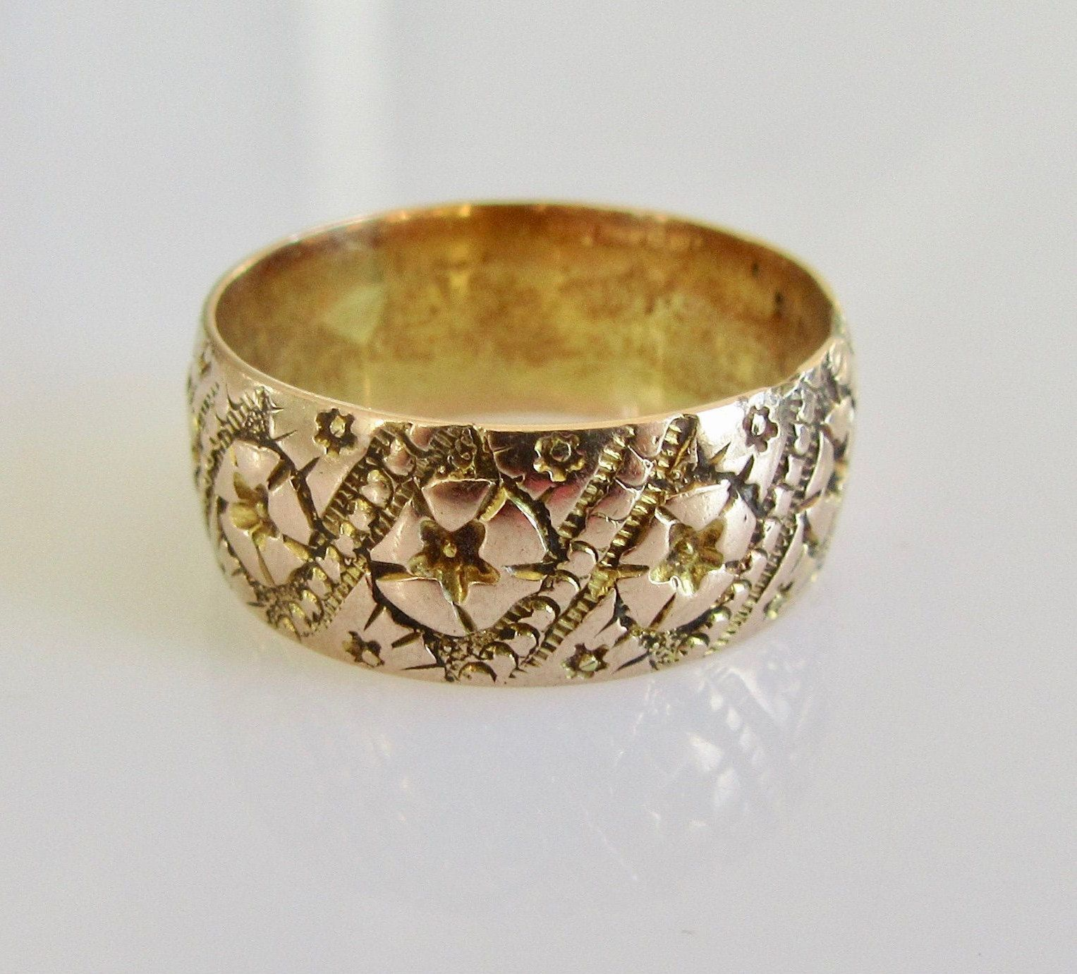 9ct Gold Flower Wedding Ring Band Dated 1892. Wedding