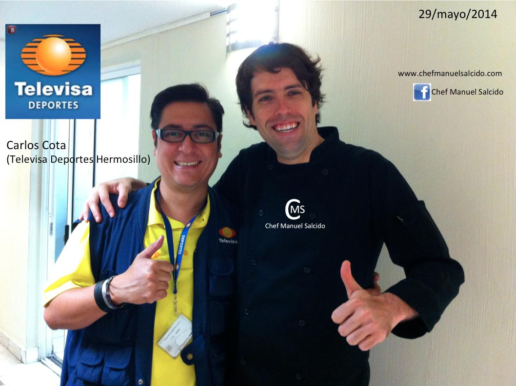 Con Carlos Cota (Televisa Deportes Hermosillo) ya me puso apodo local jajajaja!!! buena vibra!!! #chefcms #televisa #hermosillo #deportes