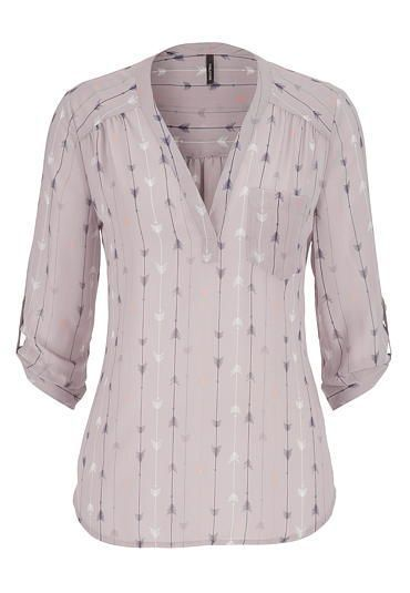f64ba4cf65e61 Would LOVE to see this in my next Stitch Fix shipment. the perfect blouse in