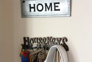 5 First Night Essentials For Moving House - New Home Finder