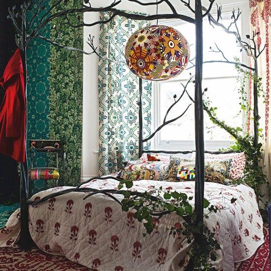 Floral Schlafzimmer mit Eisen-Himmelbett Wohnideen Living Ideas