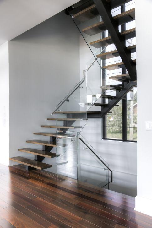 Best Vertebral Collection Central Stringer Stairs Battig 640 x 480