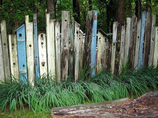 Cloture Palissade Barriere Decoupe Cabane A Oiseaux Bois De