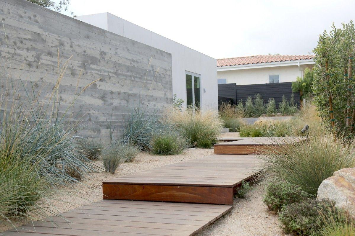 Photo of Registro visivo dei progetti / Lavori presso Terremoto / A Landscape Office / LA + SF Califo …
