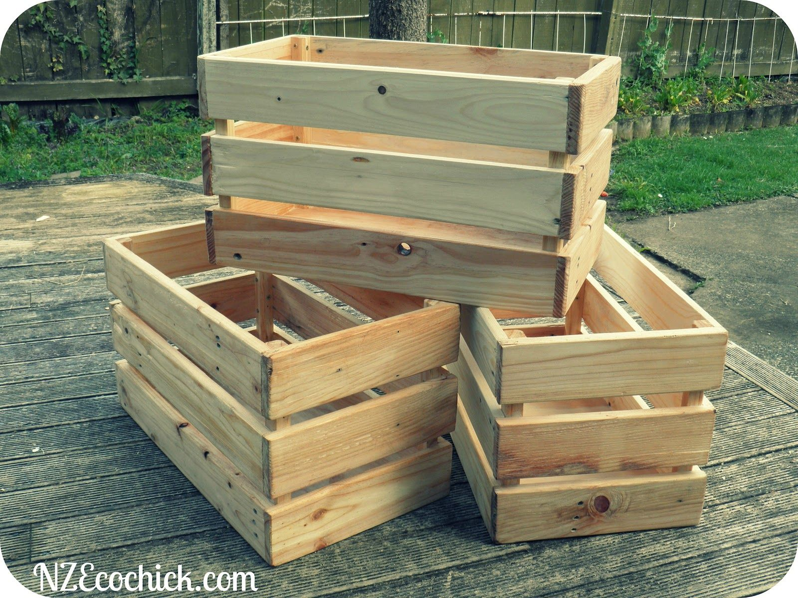 Crates Made Out of Pallets DIY DYI Pinterest