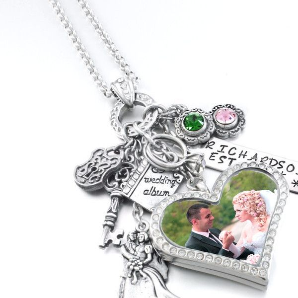 This heart locket for the bride, mother of the groom, mother of the bride, or bridesmaids makes a terrific original locket for your wedding. Blackberry Designs Jewelry© Fine Jewelry Treasured for a Li
