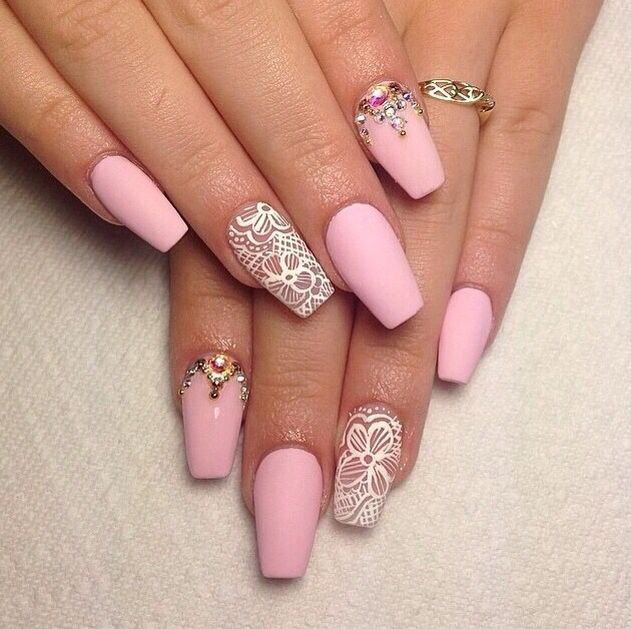 simple and pretty nail design girly valentine 39 s day pink matte crystals barbarabeaut. Black Bedroom Furniture Sets. Home Design Ideas