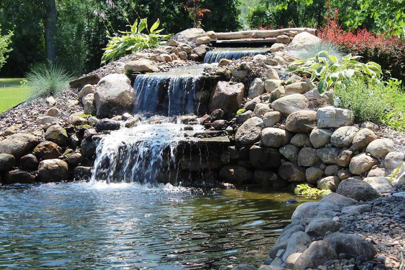 Build a pond waterfall ponds backyard pond design