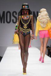 moschino-2015-spring-summer-runway029