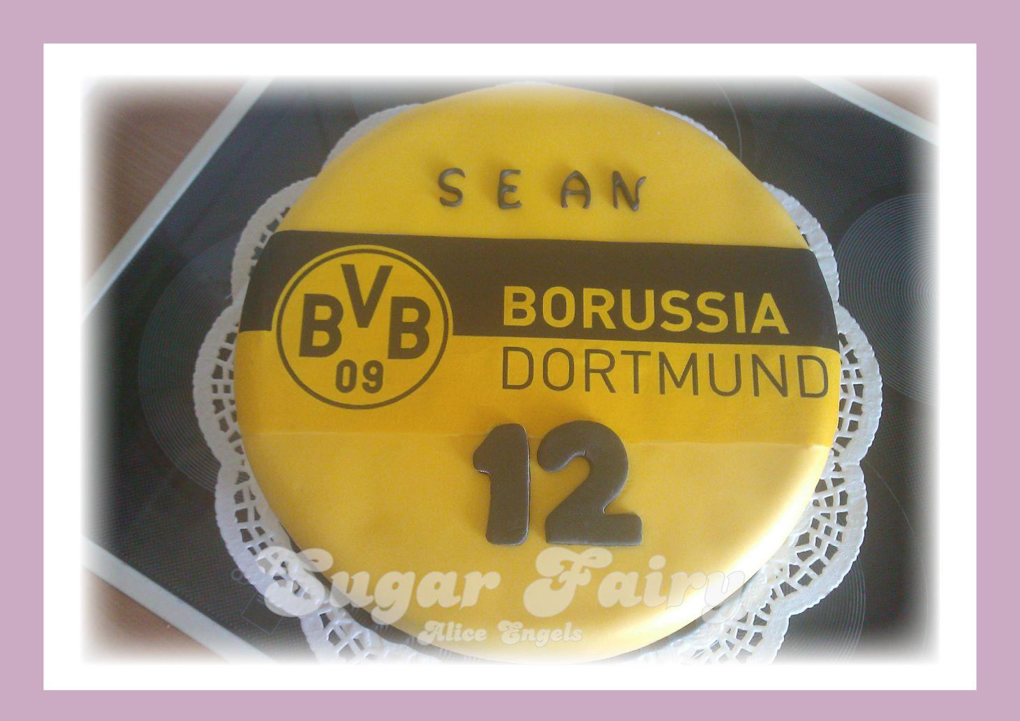 Bvb football cake backen bvb torte fu ball kuchen for Kuchen dortmund