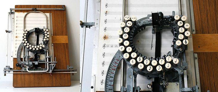 Music Typewriter cc/ @James Buckhouse