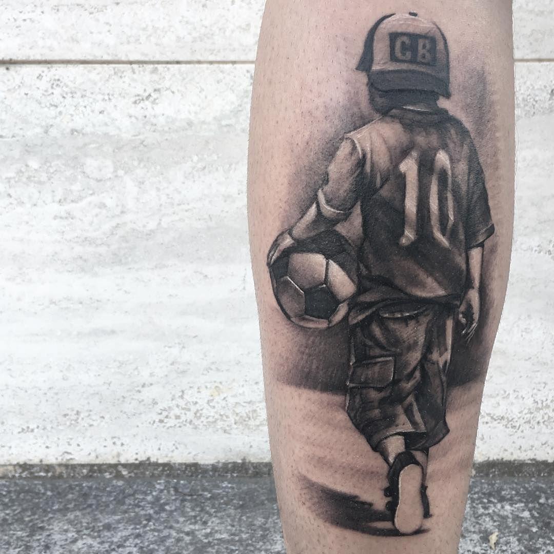 Dig This Calcio Tattoo By Pierfrancesco Eight Soccer Childtattoo Boytat Tatuagem Panturrilha Masculina Tatuagem De Futebol Tatuagens De Pulso Para Homens