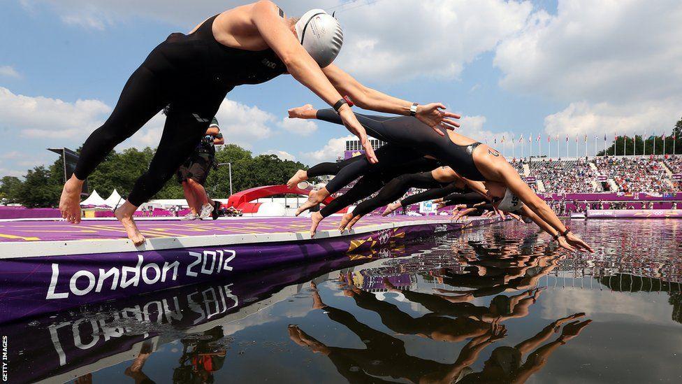 Women's 10k marathon swimming competitors London olympic