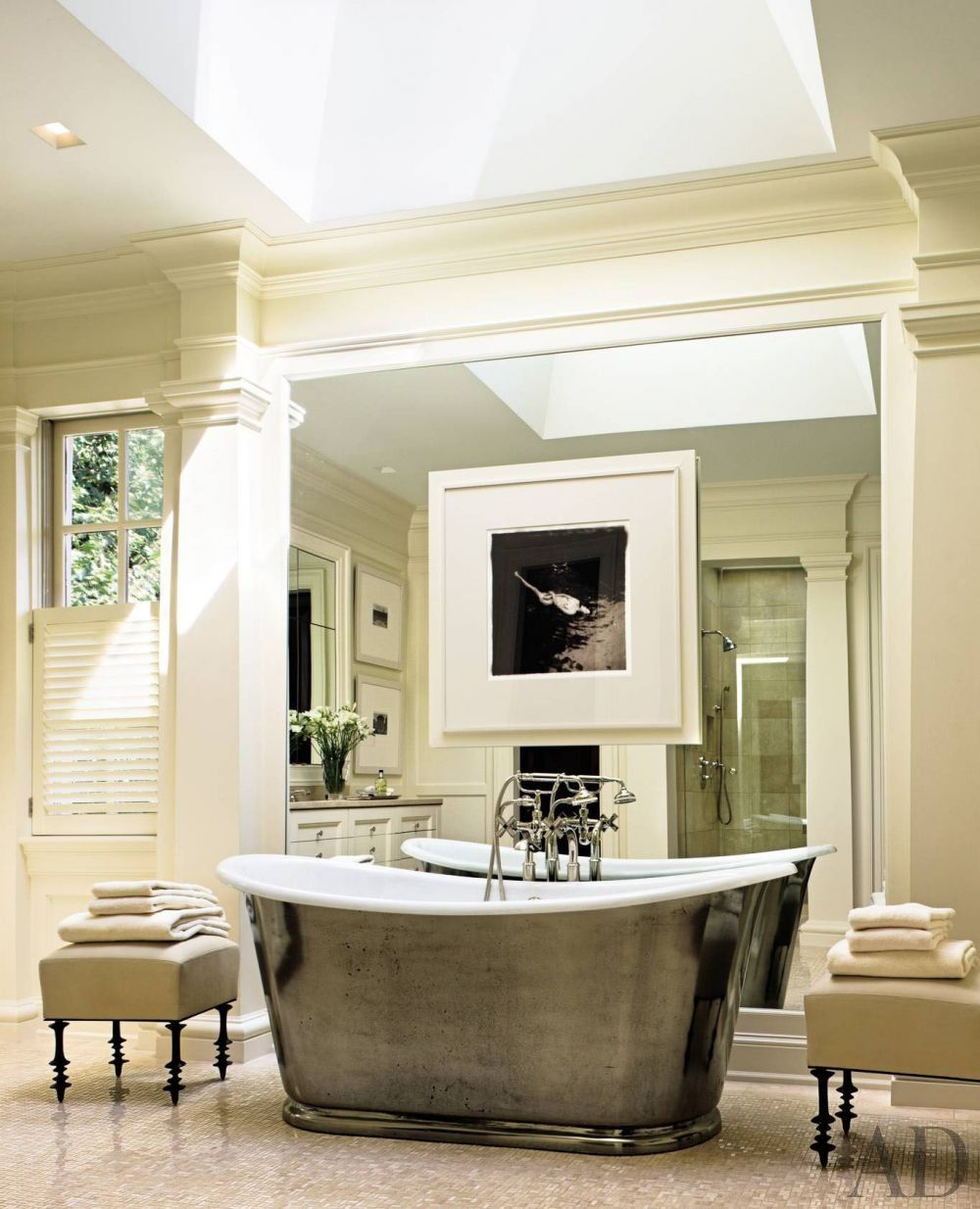 Thomas Pheasant installed a long, narrow bathtub for soaking in the ...